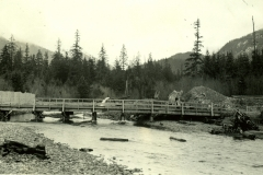 112-4782, 1935